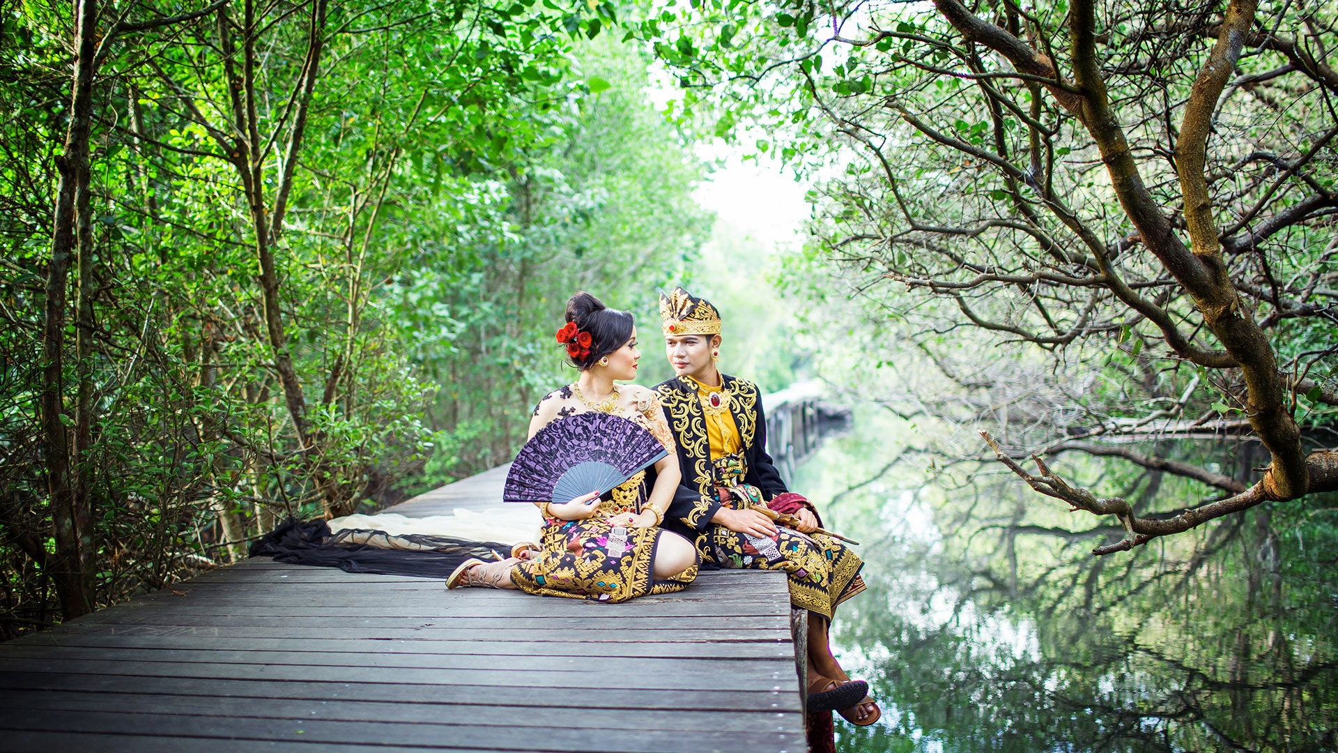 One of the most favorite concept, Balinese pre wedding with Balinese royal modified dresses. Green or red surrounding will...